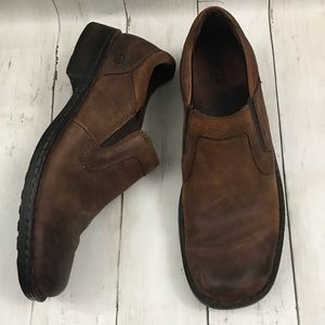 Born brown leather Slip ons men's size 10.5